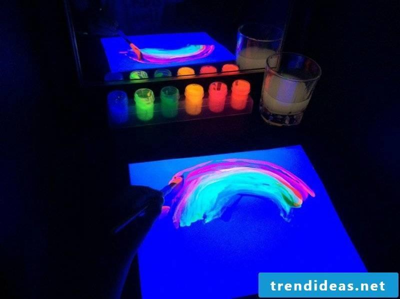 paint with fluorescent paint