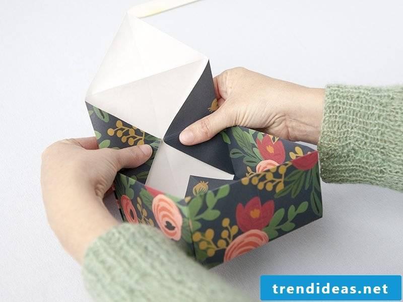 Fold origami box