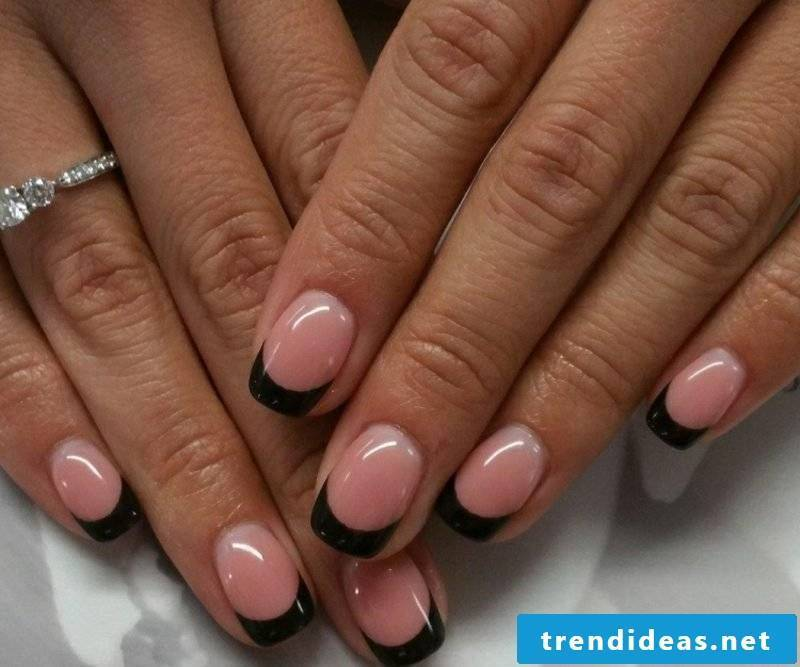 Nail art black lace pink gel nails