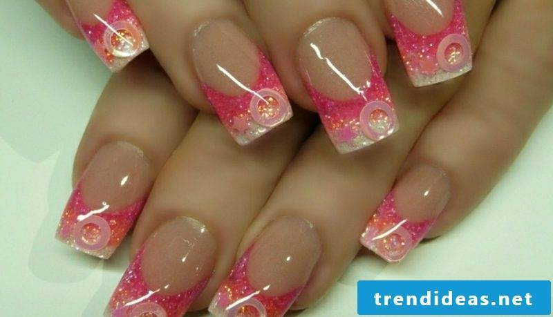 Nail art pink gel fingernails
