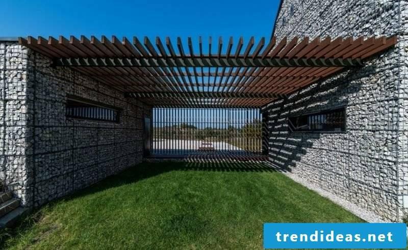 Gabion wall entrance