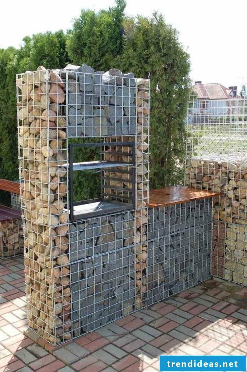 original gabion fence made of two types of stone