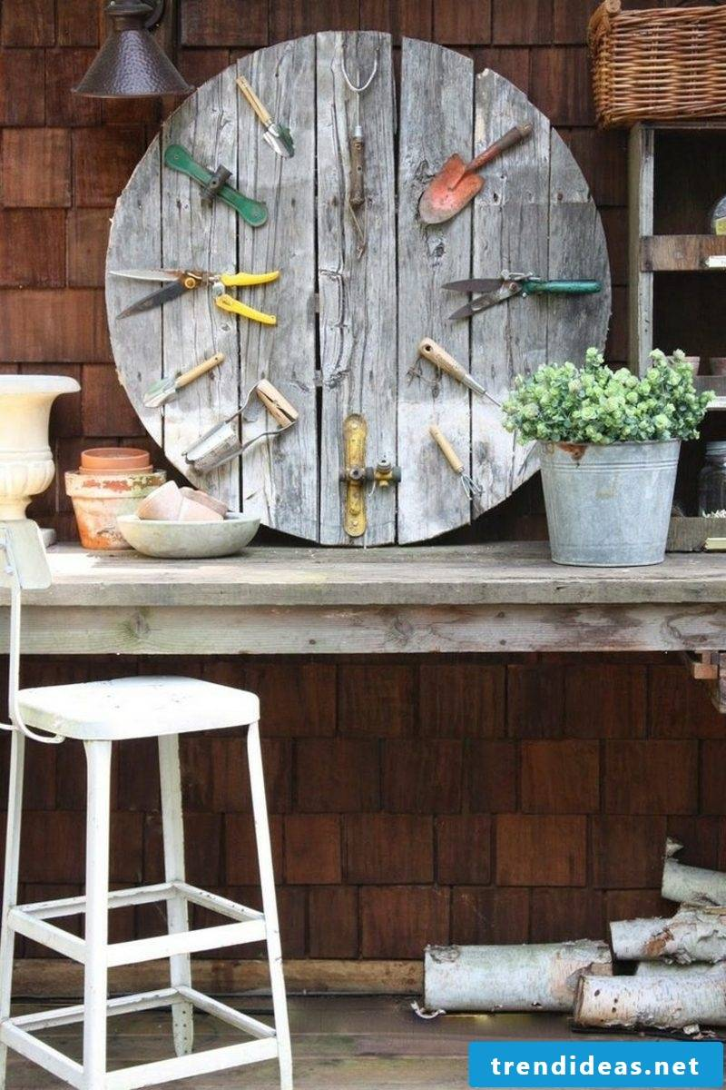Garden ideas for little money Deco old tools
