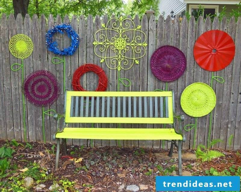 Garden ideas for little money use colorful colors