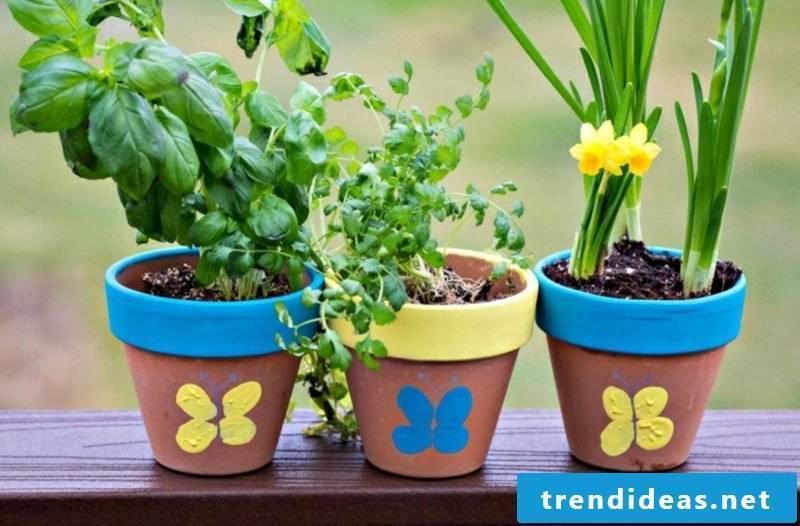 Garden ideas for little money decorate flower pot