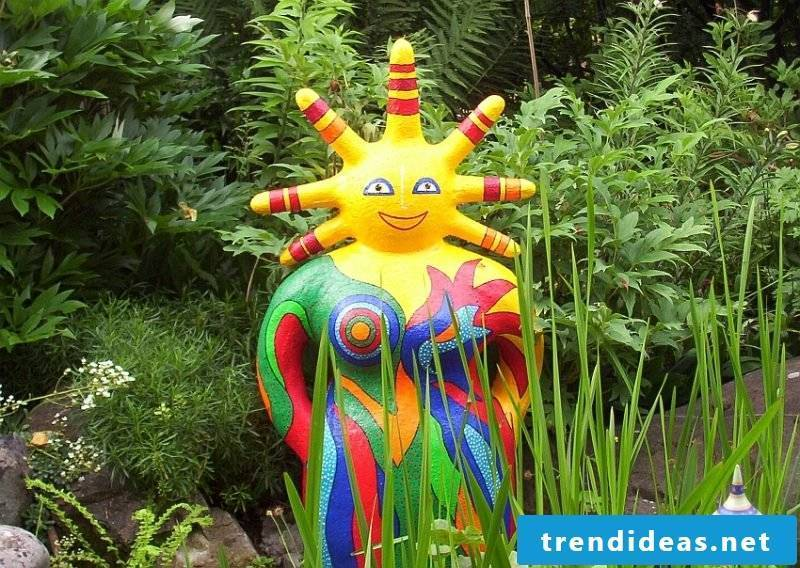 garden sculptures colorful