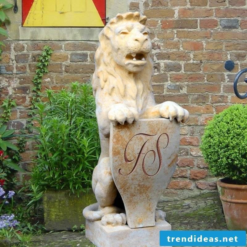 garden sculptures durable
