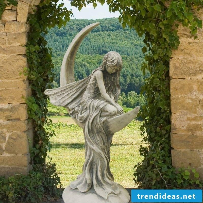 garden sculptures tradition