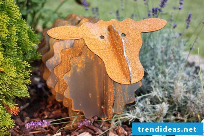garden sculptures innovative
