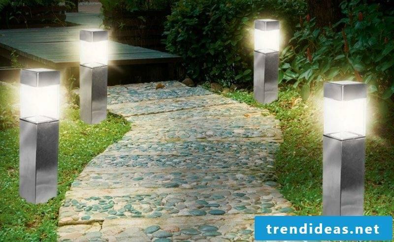 Garden design ideas Solar lamps along the garden paths
