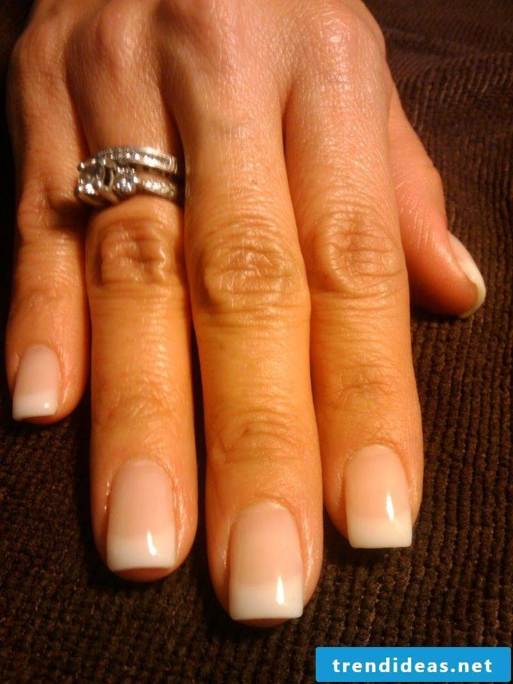 nails gallery french
