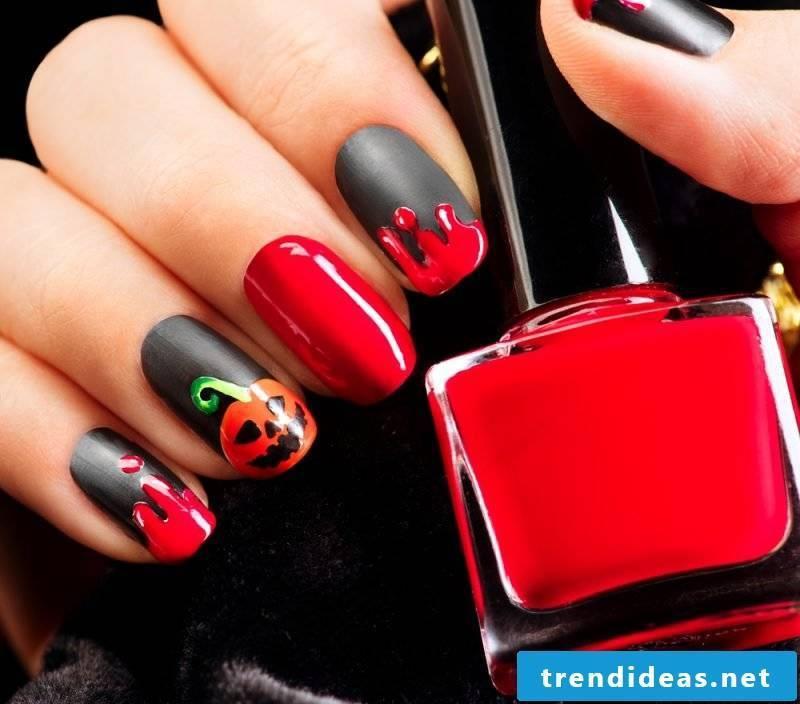 Gel nails motifs for Halloween
