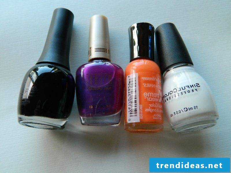 Gel nails motifs for Halloween: Choose the typical colors