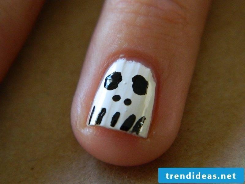 Gel nails motifs for Halloween: Instructions Step 5