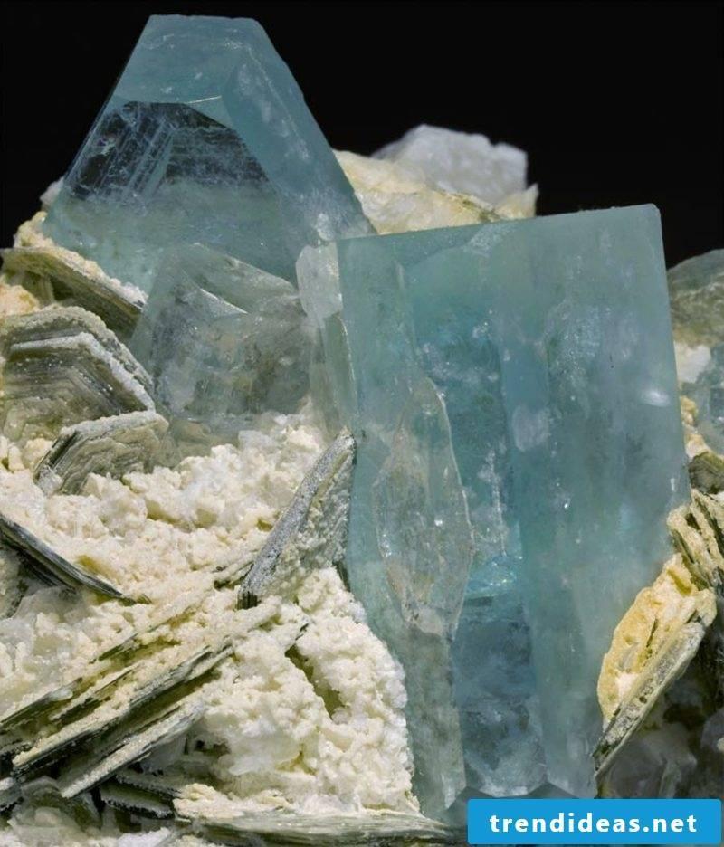 meaning aquamarine-3 gemstones