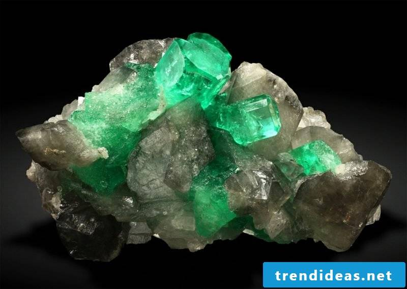 gems meaning emerald krystal colombia