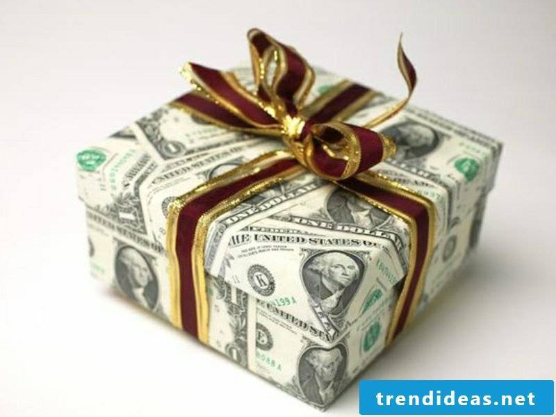 gifts dolla cover christmas