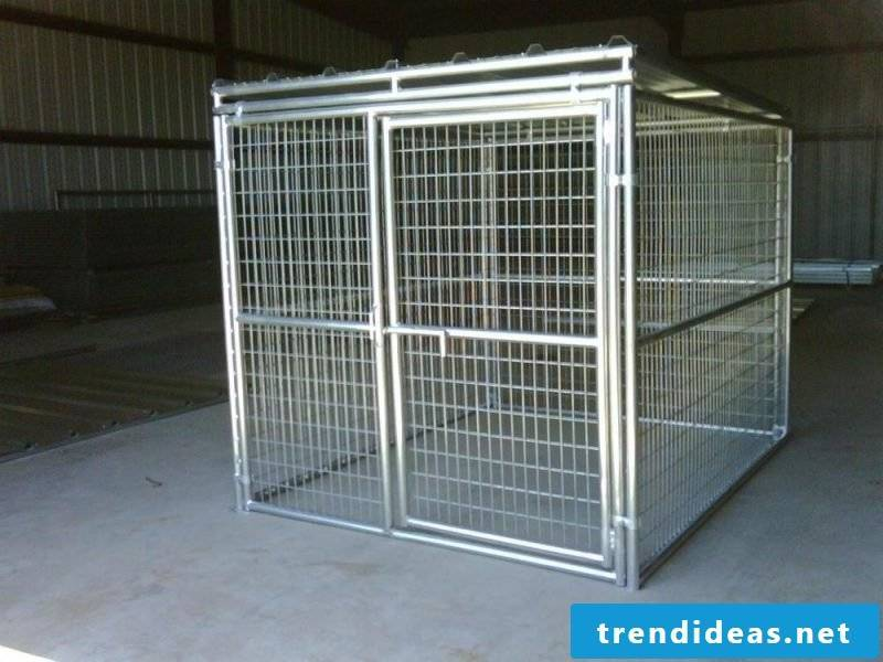 Build dog kennels yourself: made of metal!