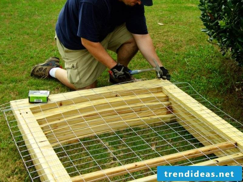 Build dog kennels yourself: Step 2