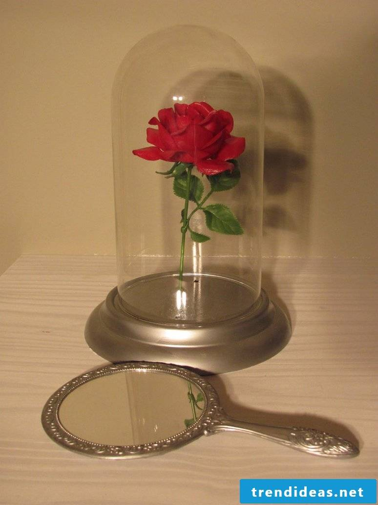Rose crafting - the perfect DIY gift that will last forever