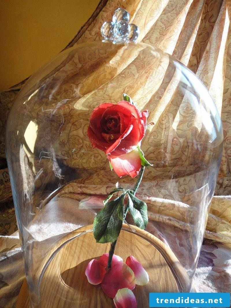 Rose crafts: not just a flower, but a handmade gift - from the heart and the hand