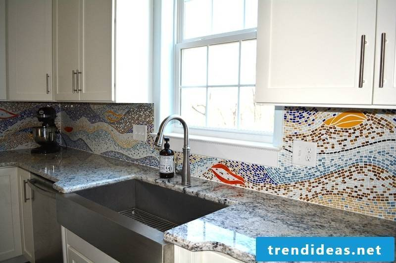 Glass mosaic in the kitchen