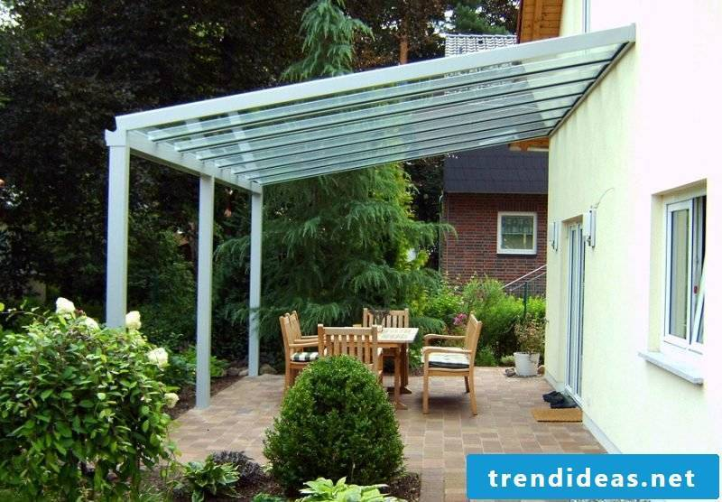 Terrace roofing made of glass