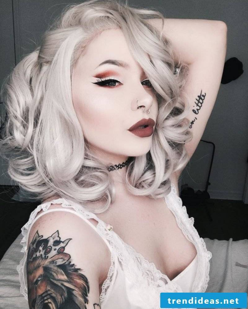 Gray hair: How to create shades of gray in your hair!