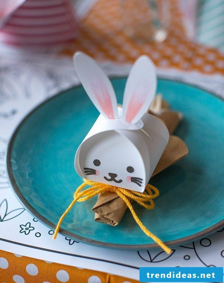 Craft Ideas Easter: DIY cute boxes in the shape of Easter bunnies
