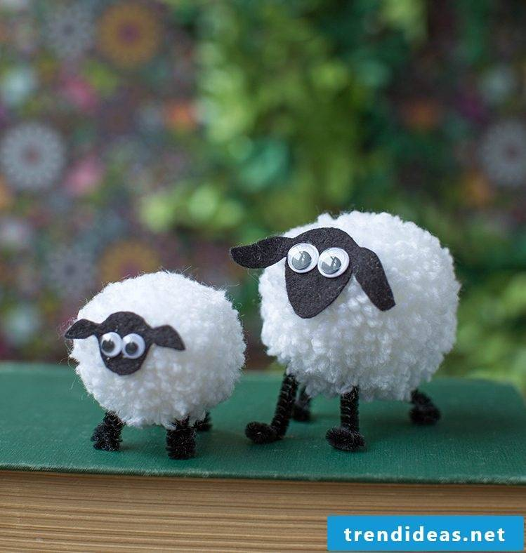 DIY Craft Ideas Easter for Kids - Design sheep from wool