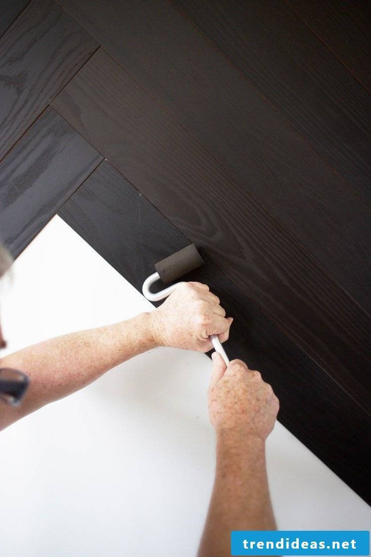Do-it-yourself home decorating wall coverings - Step 3