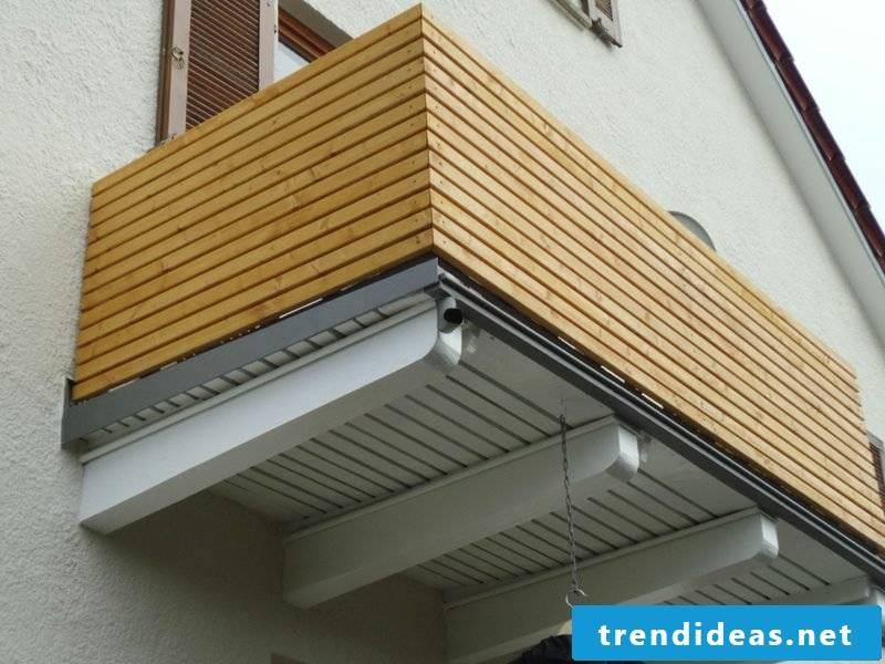 Balcony paneling wood privacy screen