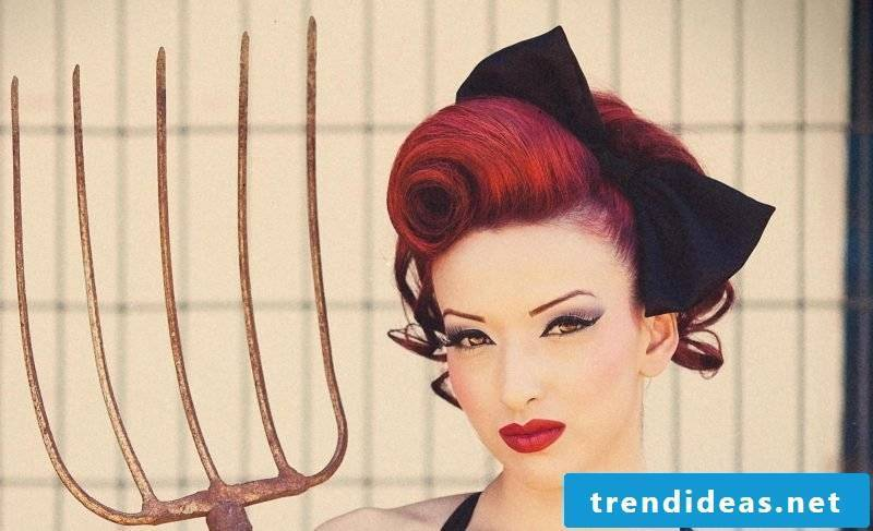 pin-up hairstyles-updo