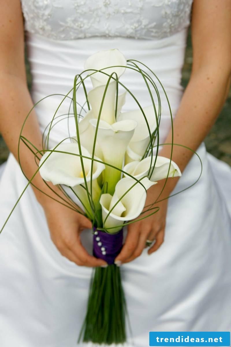 Calla bridal bouquet plain