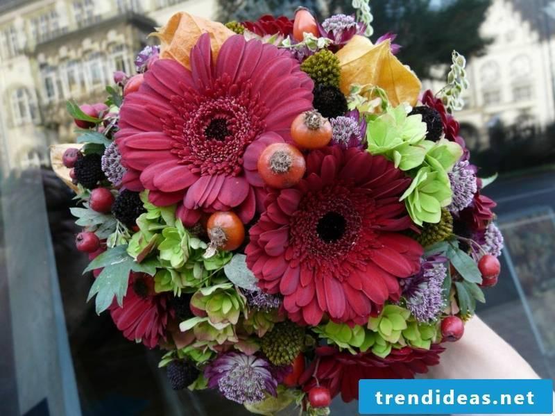 Bridal bouquet. Autumn