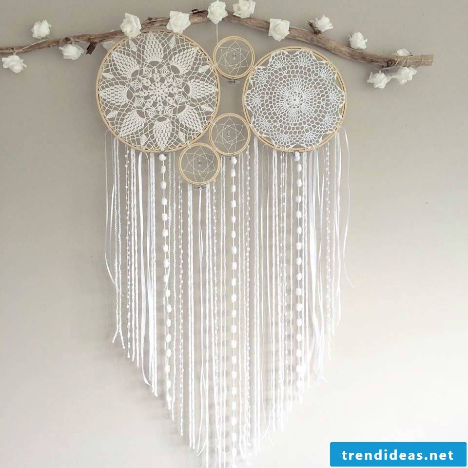 Would you like to make such a beautiful dream catcher, learn here how ..
