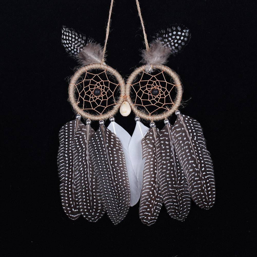 Dream catcher crafts in the form of a Uhus