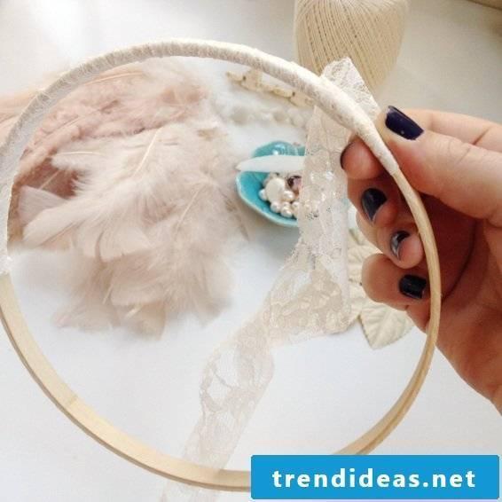 DIY Dream Catcher Crafting Instructions: Step 1