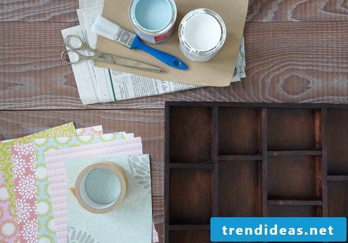 Making the necessary materials for a shelf in Shabby Chic itself