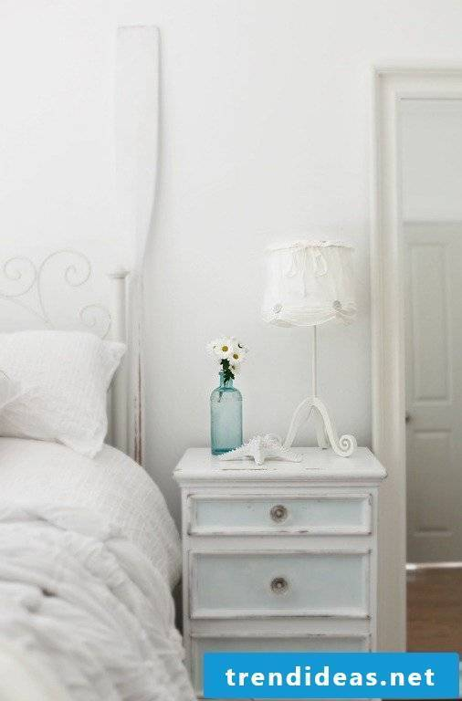 Country style furniture white nightstand wood bedroom decorating home accessories vase flowers decorating ideas