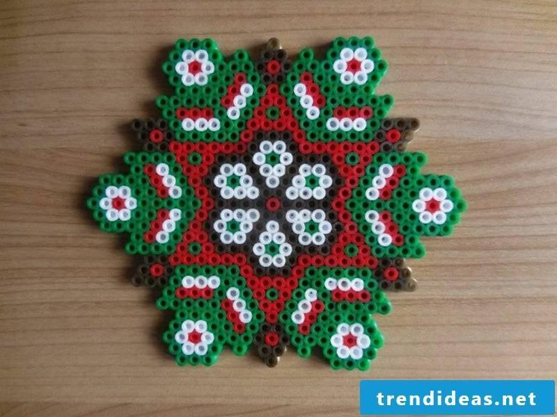 Beading templates Christmas original ideas to imitate