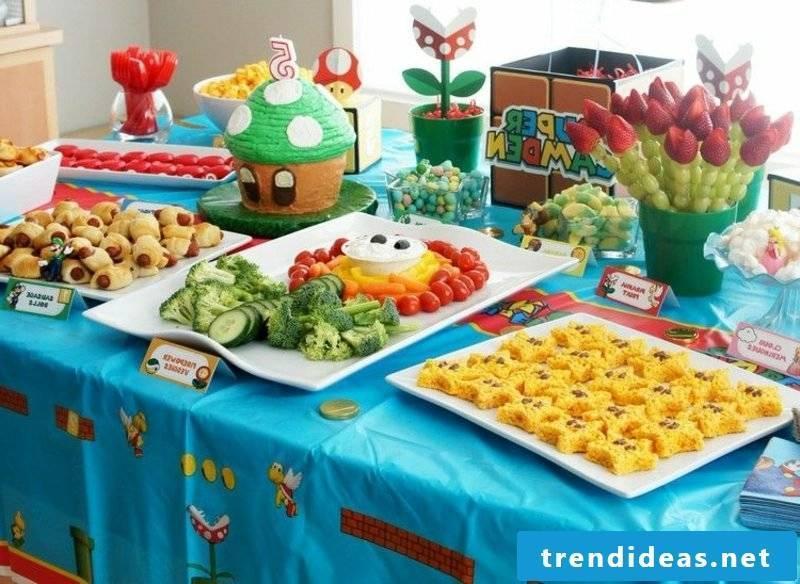 Children's birthday food buffet