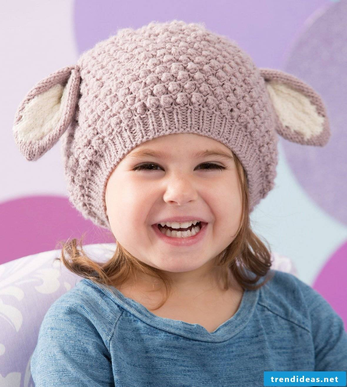 make your child happy and conjure a knit cap for him