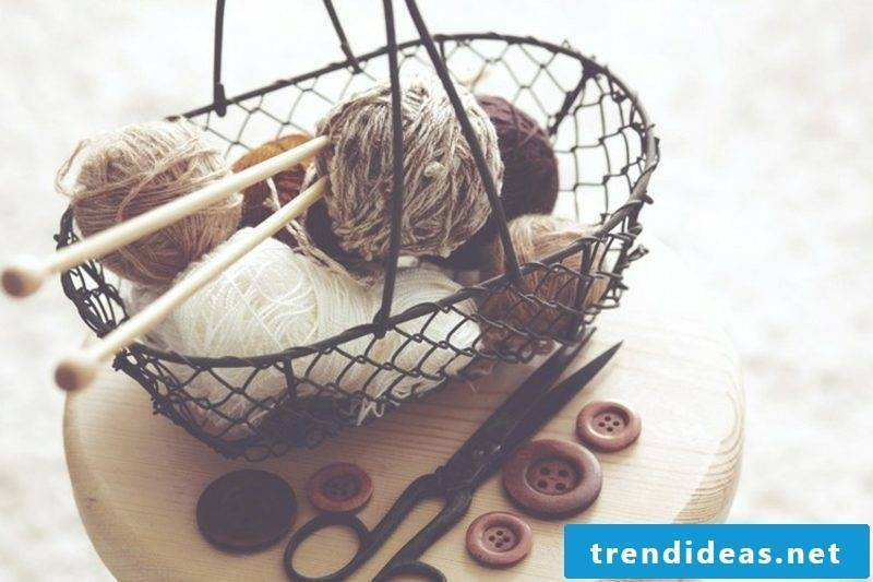 Knitting necessary materials for beginners