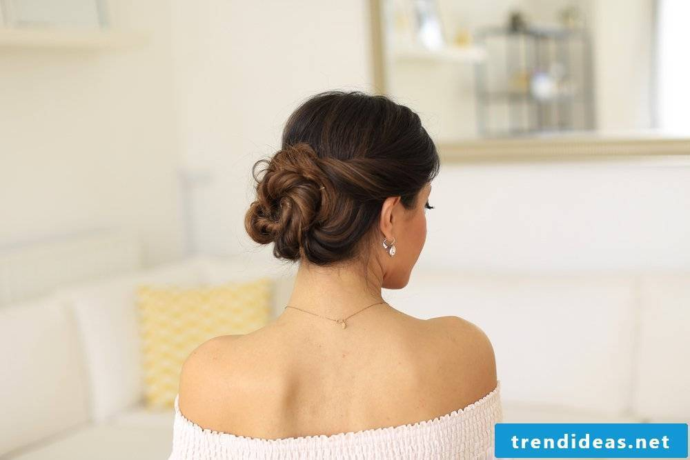 Last Minute Updos Instructions