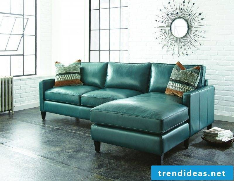 Elegant leather furniture with charming design!