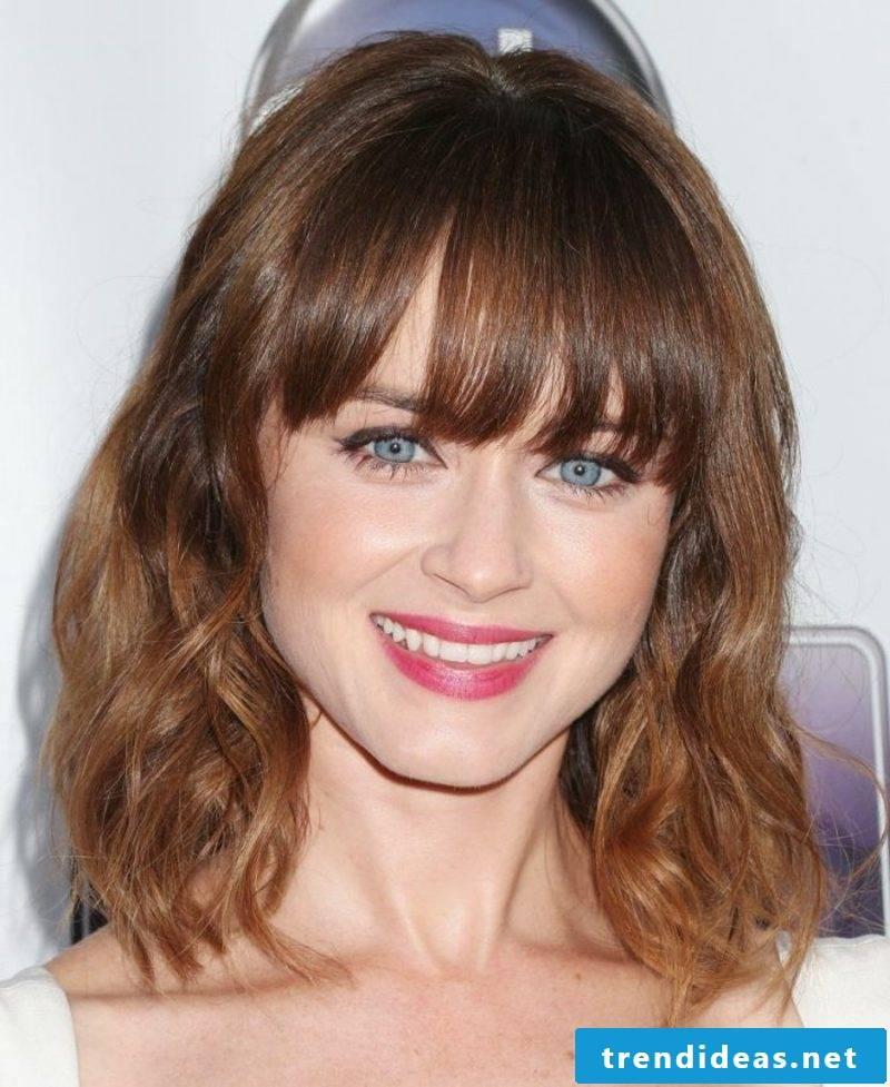 Light brown hair color medium-long hair gradient