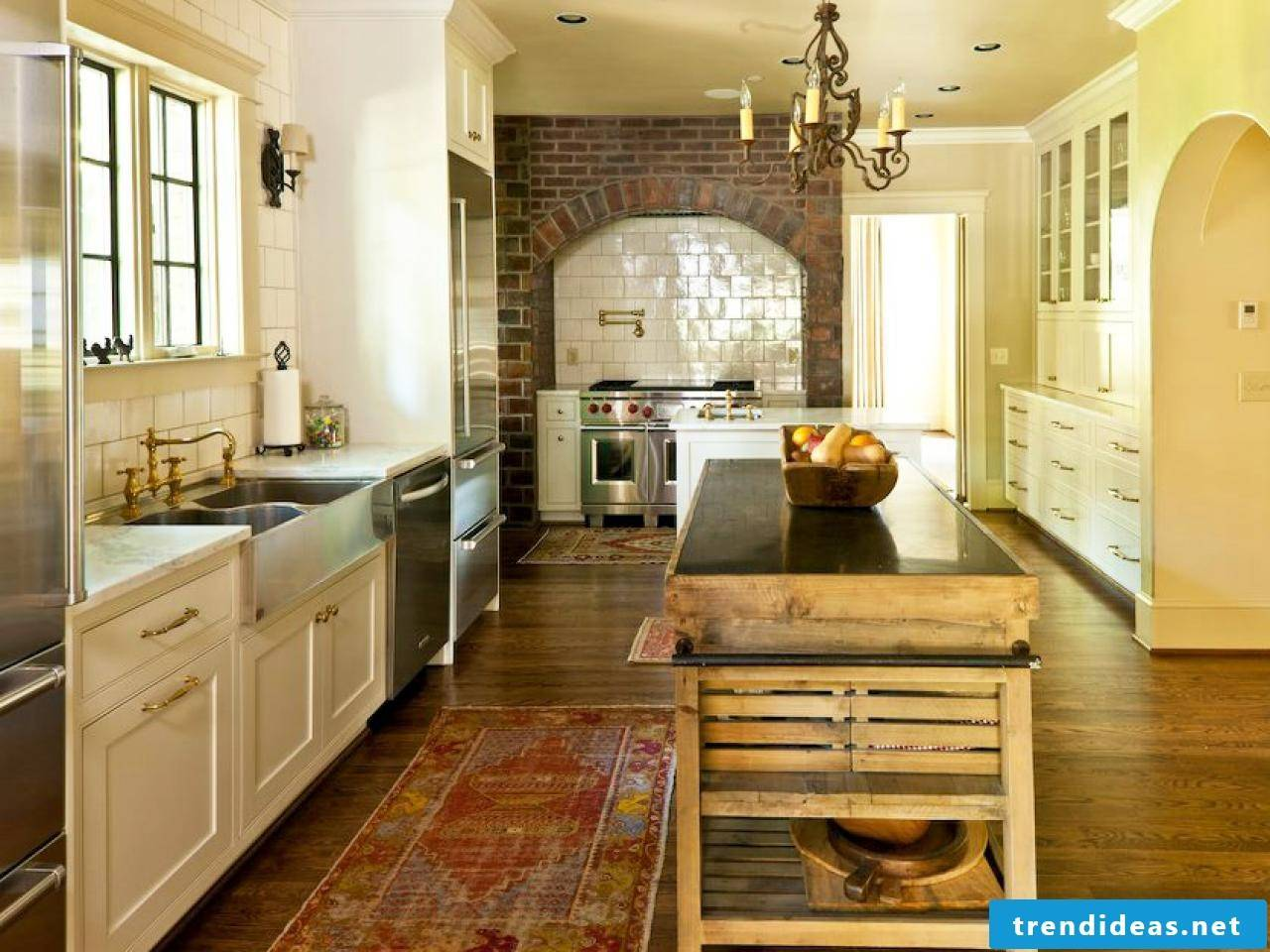 Delicate home décor for the provence kitchen