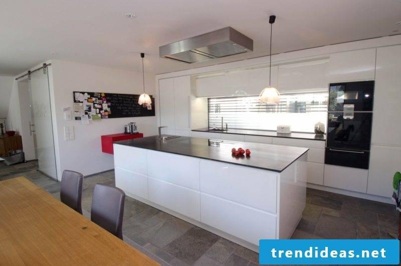 Kitchen with cooking island floor plan