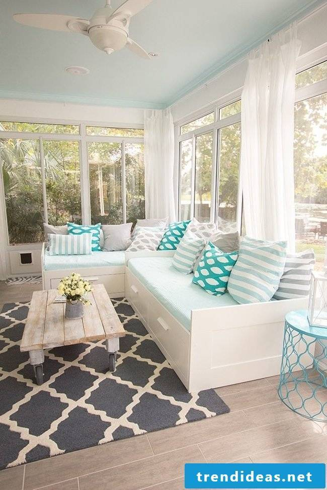 Living room decoration ideas for spring